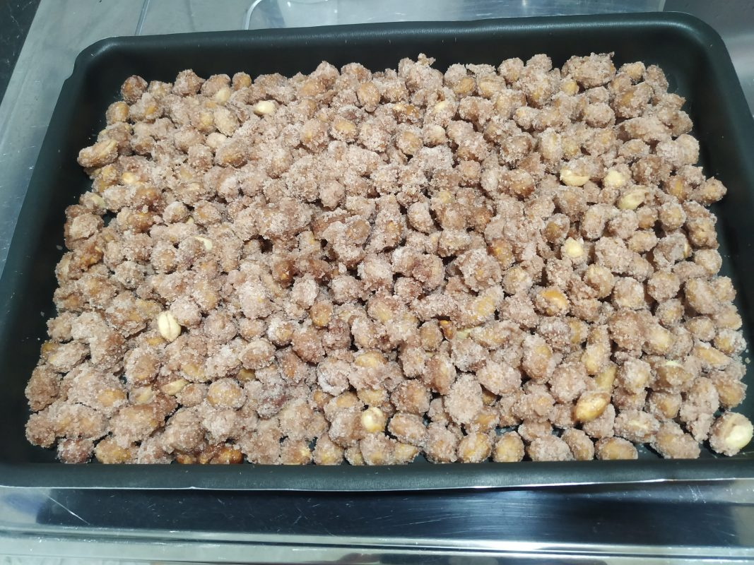 receita deliciosa de amendoim doce
