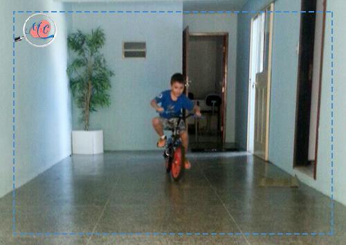 Andar De Bicicleta - Direitos Autorias Mamãe & Cia